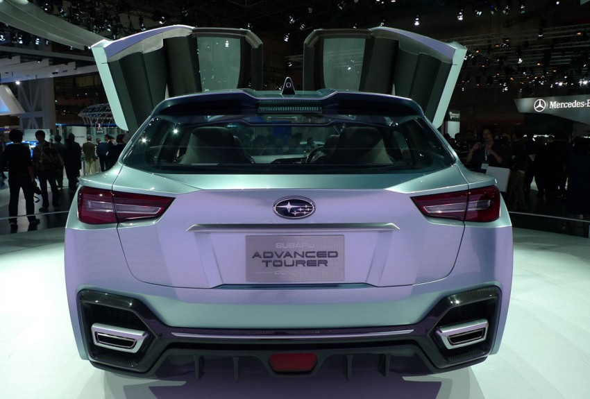 LIVE from Tokyo: Subaru Advanced Tourer Concept stands out in a sharp suit Image #78516