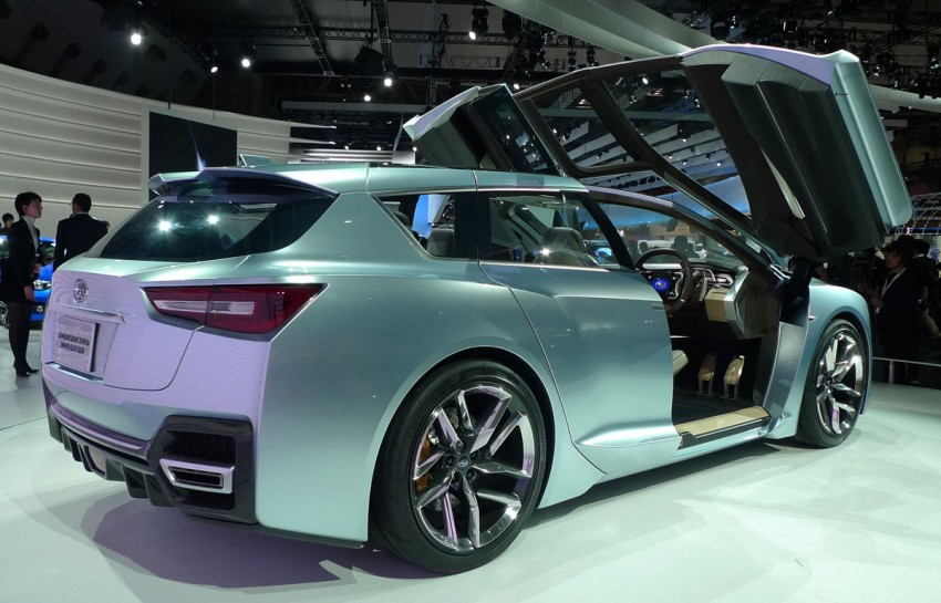 LIVE from Tokyo: Subaru Advanced Tourer Concept stands out in a sharp suit Image #78517
