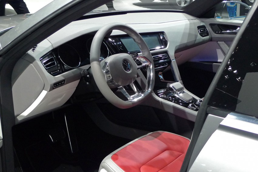 Tokyo 2011: VW Cross Coupe Concept is small but stout Image #78895