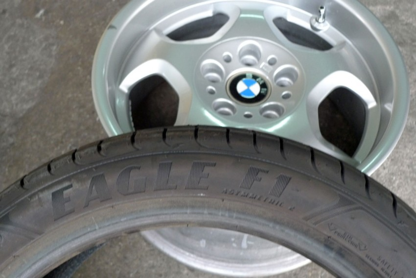 Goodyear Eagle F1 Asymmetric 2 sampled on the road Image #84519