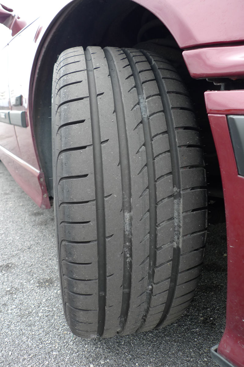 Goodyear Eagle F1 Asymmetric 2 sampled on the road Image #84522