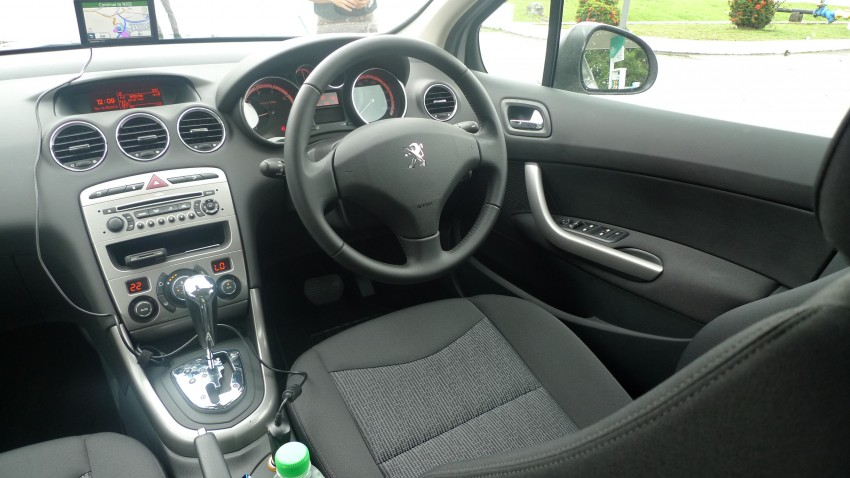 DRIVEN: Peugeot 408 Turbo and 408 2.0 Image #113266