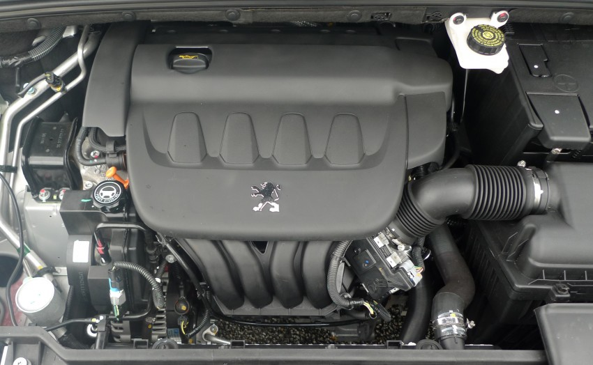 DRIVEN: Peugeot 408 Turbo and 408 2.0 Image #113280