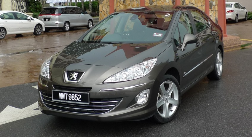 DRIVEN: Peugeot 408 Turbo and 408 2.0 Image #113294