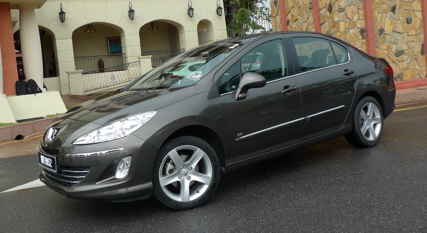 DRIVEN: Peugeot 408 Turbo and 408 2.0 Image #113298