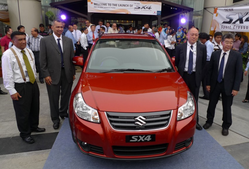 Suzuki SX4 gets a new face – CBU Japan, RM91,888 Image #122772