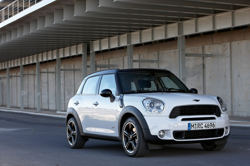 VIDEO: MINI Cooper S Countryman Review Image #66507