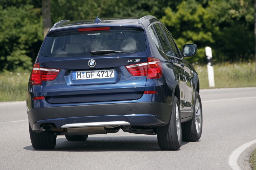 BMW X3 xDrive20i – the petrol variant arrives, RM359k Image #93660