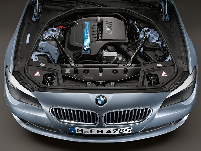 BMW ActiveHybrid 5: inline-6 turbo with an electric motor Image #70985