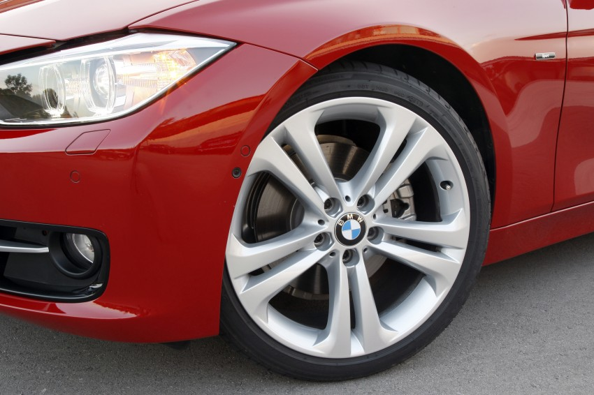 DRIVEN: BMW F30 3 Series – 320d diesel and new four-cylinder turbo 328i sampled in Spain! Image #86142