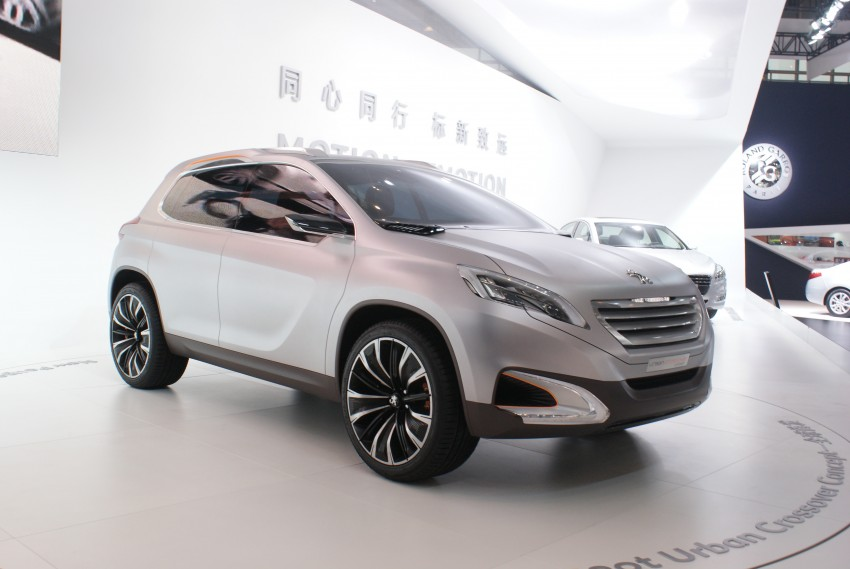 Peugeot Urban Crossover Concept hints at the future Image #103288