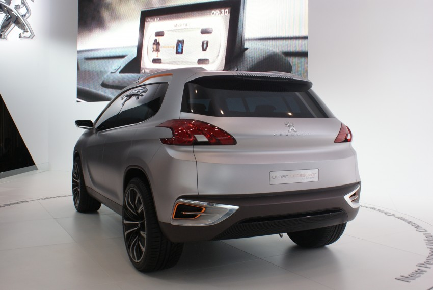 Peugeot Urban Crossover Concept hints at the future Image #103287
