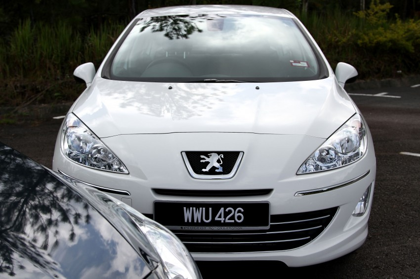 DRIVEN: Peugeot 408 Turbo and 408 2.0 Image #113177