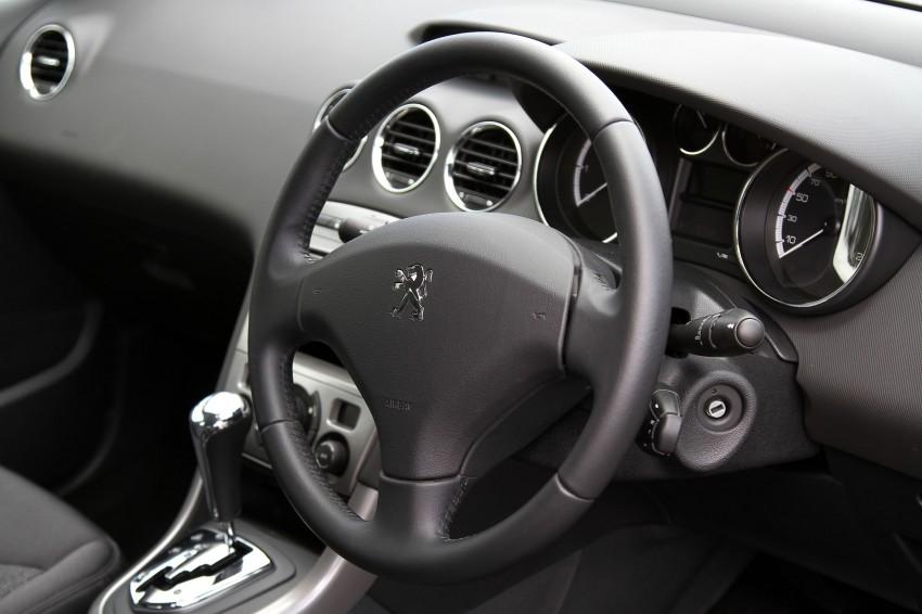 Peugeot408_018