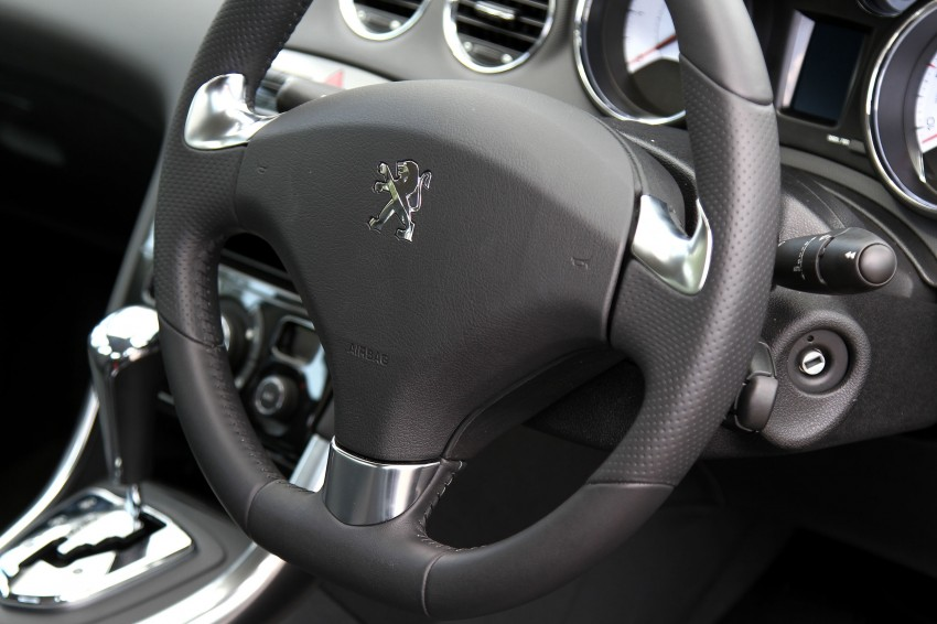 DRIVEN: Peugeot 408 Turbo and 408 2.0 Image #113220