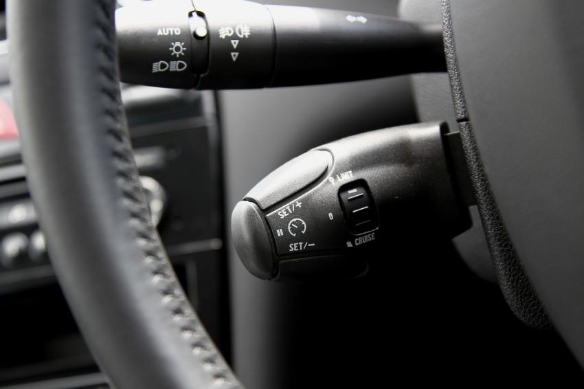 Peugeot408_067