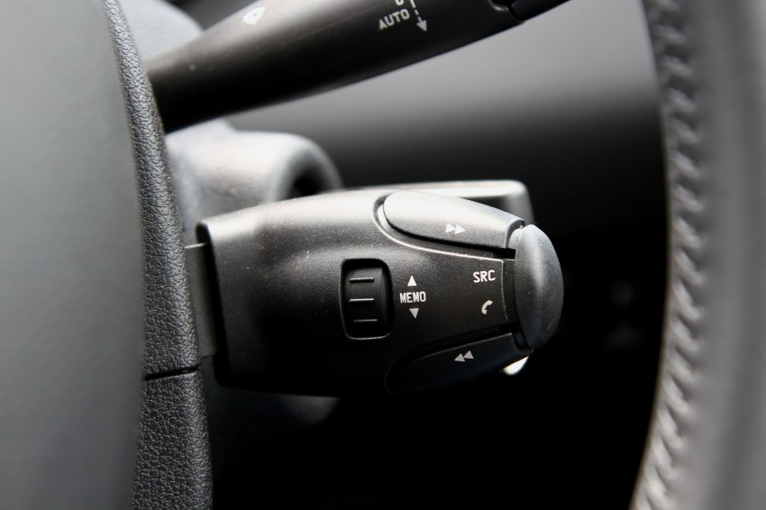 DRIVEN: Peugeot 408 Turbo and 408 2.0 Image #113231