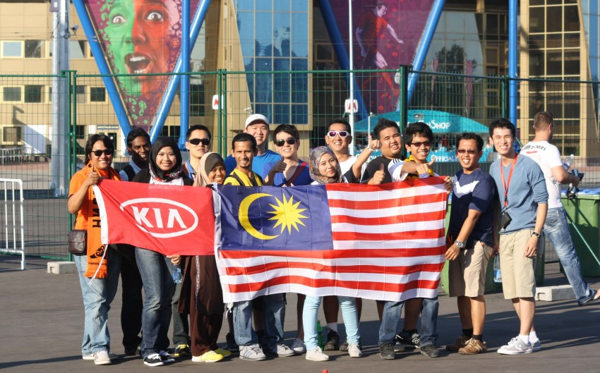Naza Kia's EURO 2012 contest winners return home Image #116049
