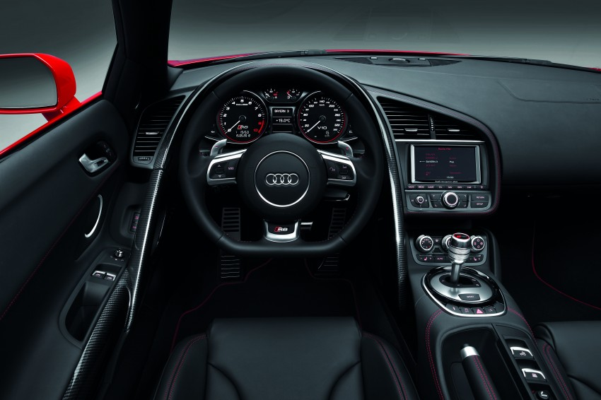 Audi R8 facelift – now with S tronic dual clutch Image #122119