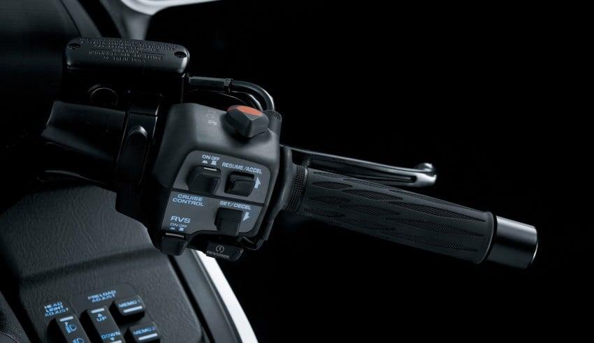 Honda Gold Wing launching May 31, RM174,900 Image #109382