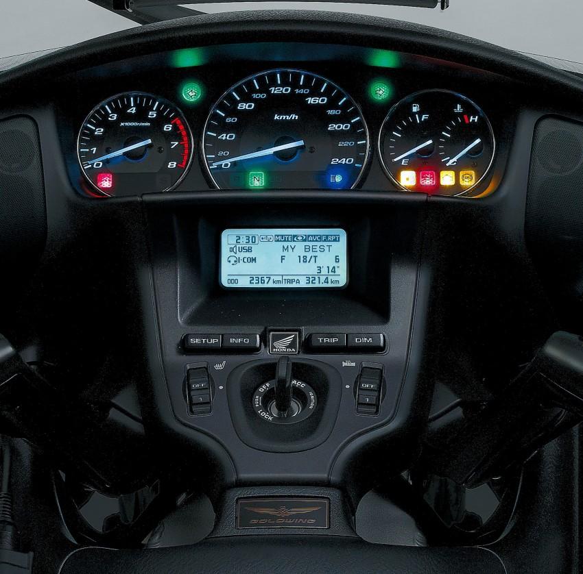 Honda Gold Wing launching May 31, RM174,900 Image #109383