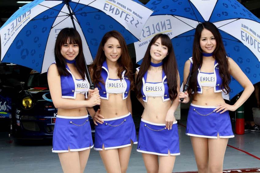 Super GT 2012 Rd 3: Of booth babes and race queens Image #112072