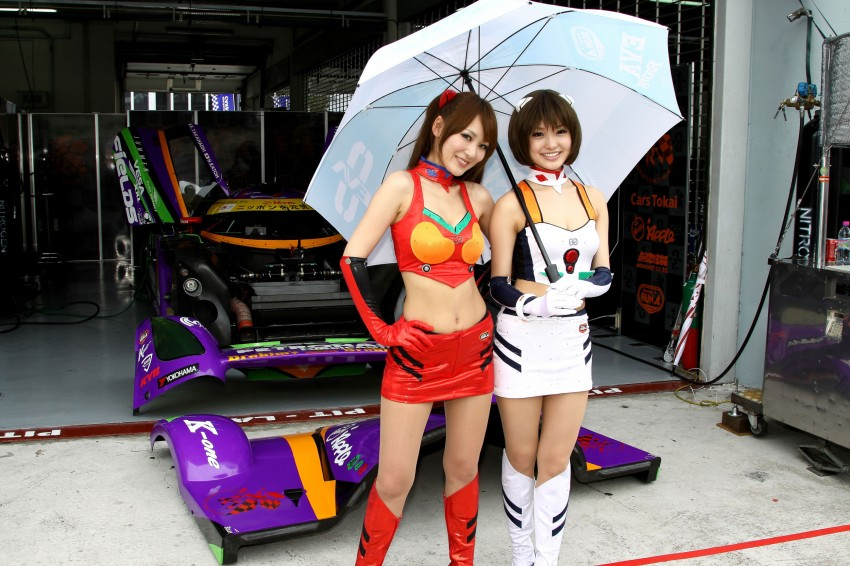 Super GT 2012 Rd 3: Of booth babes and race queens Image #112084