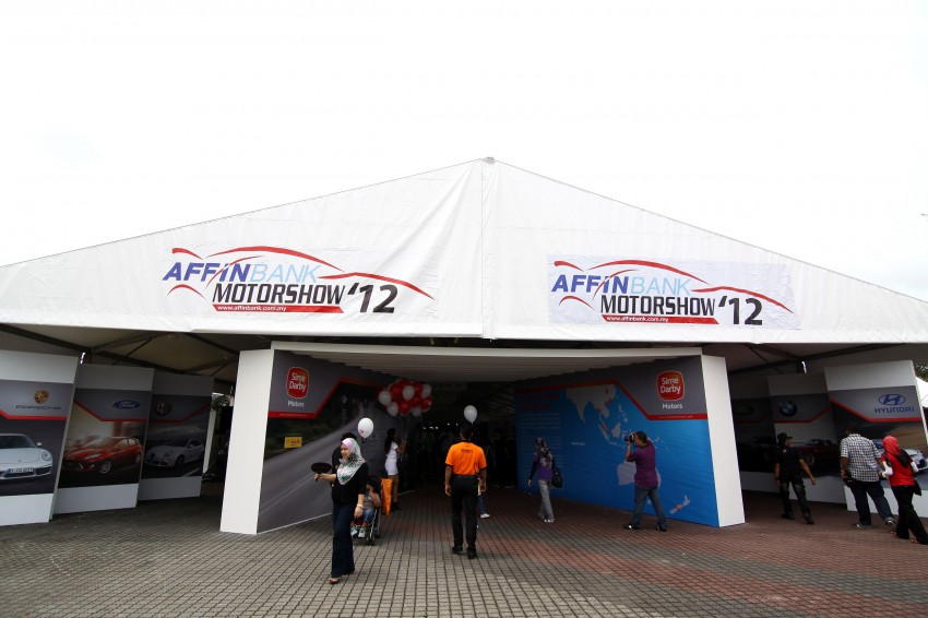 Autobacs Super GT 2012 Rd 3: Scenes before the race Image #111558