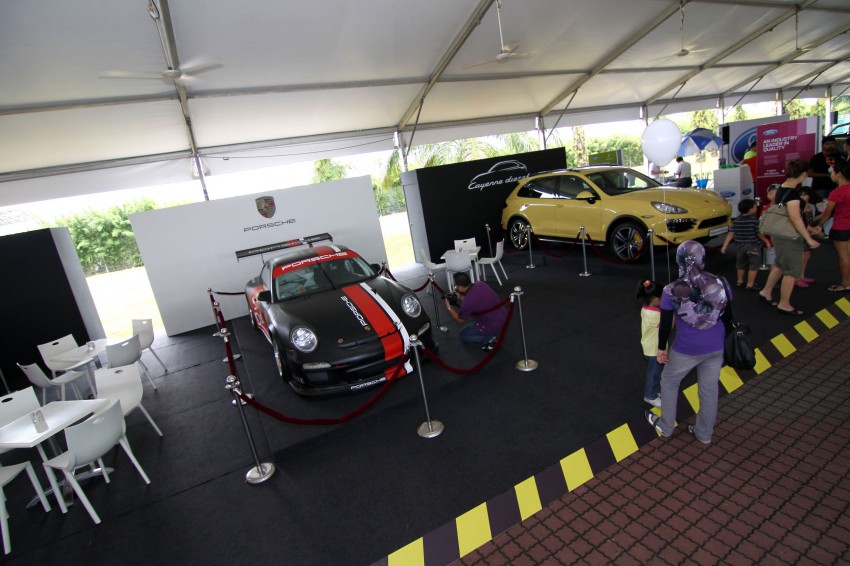 Autobacs Super GT 2012 Rd 3: Scenes before the race Image #111560