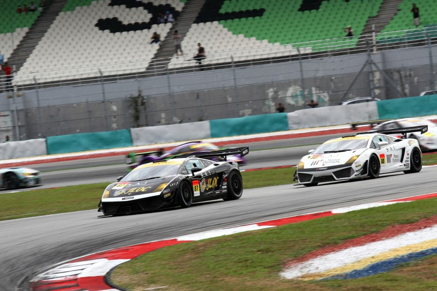 Autobacs Super GT 2012 Round 3: Weider HSV-010 and Hankook Porsche win from pole position Image #111847