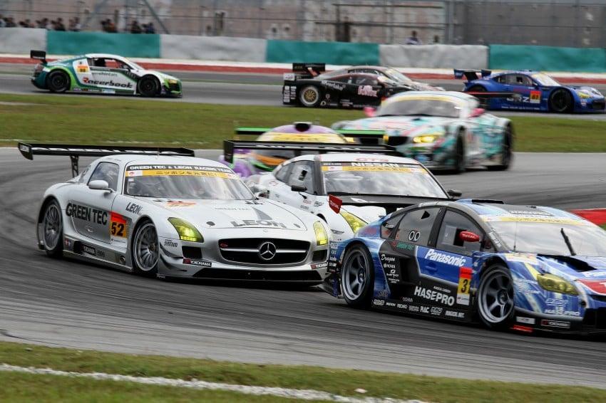 Autobacs Super GT 2012 Round 3: Weider HSV-010 and Hankook Porsche win from pole position Image #111849