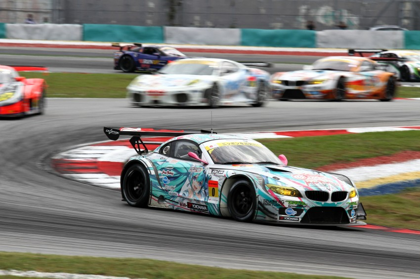 Autobacs Super GT 2012 Round 3: Weider HSV-010 and Hankook Porsche win from pole position Image #111814