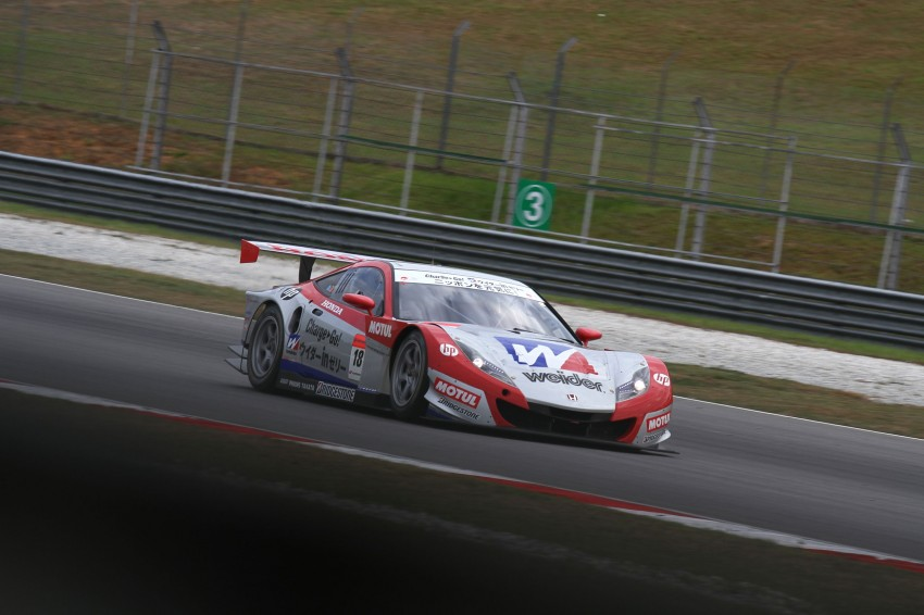 Autobacs Super GT 2012 Round 3: Weider HSV-010 and Hankook Porsche win from pole position Image #111856