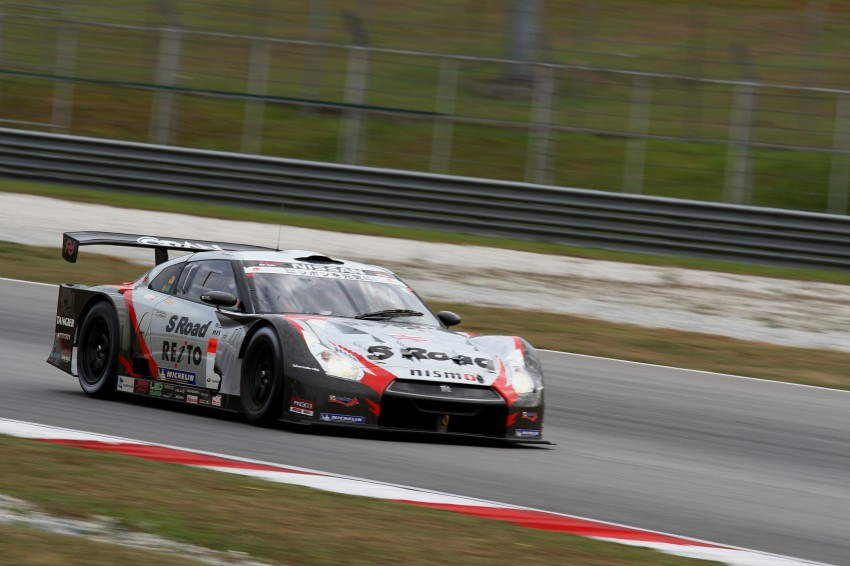 Autobacs Super GT 2012 Round 3: Weider HSV-010 and Hankook Porsche win from pole position Image #111863