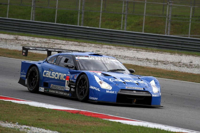 Autobacs Super GT 2012 Round 3: Weider HSV-010 and Hankook Porsche win from pole position Image #111871