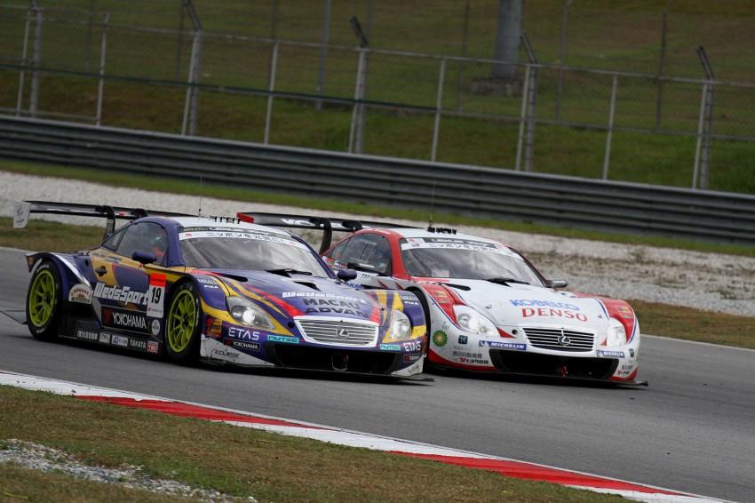 Autobacs Super GT 2012 Round 3: Weider HSV-010 and Hankook Porsche win from pole position Image #111874