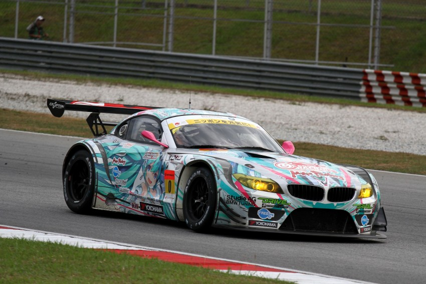 Autobacs Super GT 2012 Round 3: Weider HSV-010 and Hankook Porsche win from pole position Image #111878