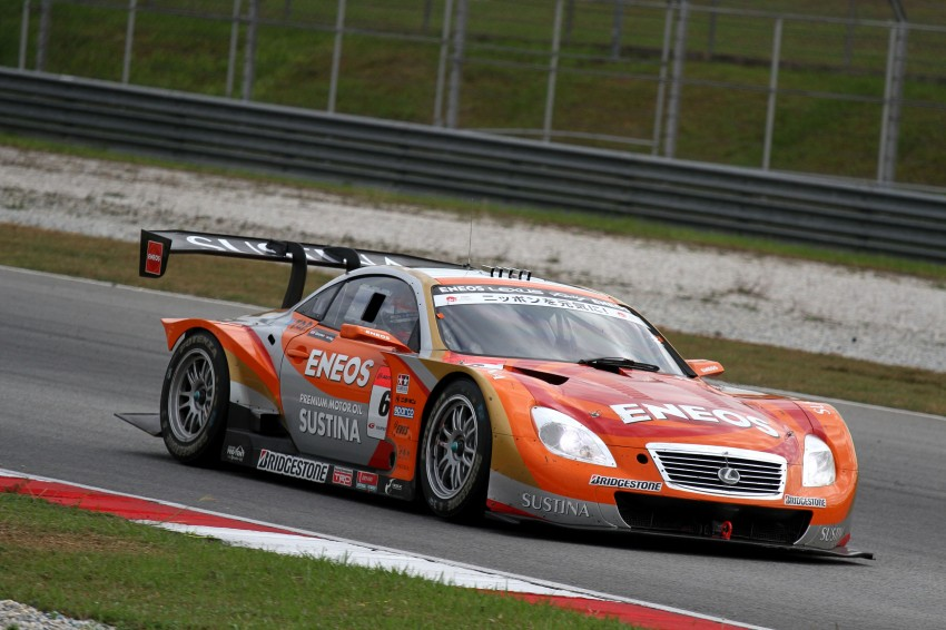 Autobacs Super GT 2012 Round 3: Weider HSV-010 and Hankook Porsche win from pole position Image #111879