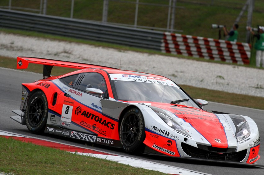 Autobacs Super GT 2012 Round 3: Weider HSV-010 and Hankook Porsche win from pole position Image #111883