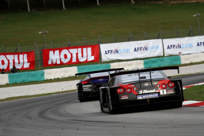 Autobacs Super GT 2012 Round 3: Weider HSV-010 and Hankook Porsche win from pole position Image #111892