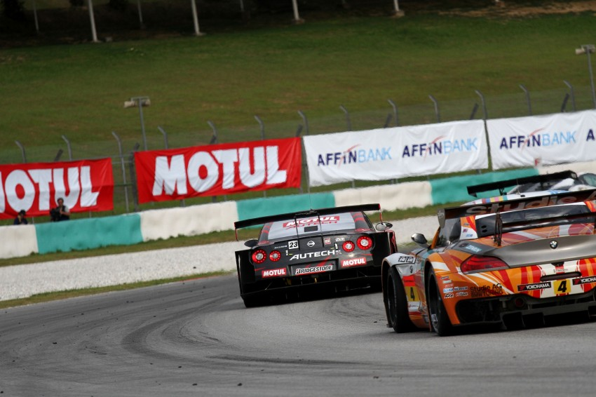 Autobacs Super GT 2012 Round 3: Weider HSV-010 and Hankook Porsche win from pole position Image #111894