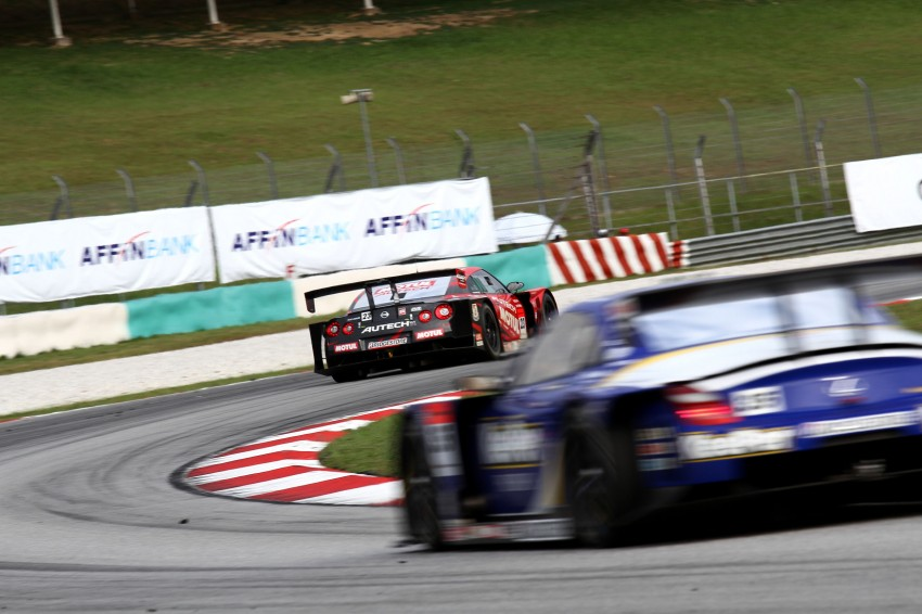 Autobacs Super GT 2012 Round 3: Weider HSV-010 and Hankook Porsche win from pole position Image #111924