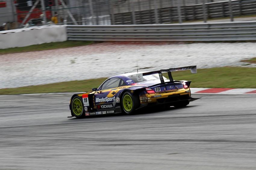 Autobacs Super GT 2012 Round 3: Weider HSV-010 and Hankook Porsche win from pole position Image #111927