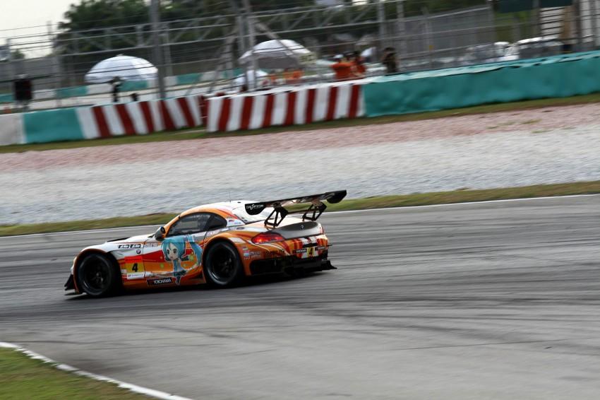Autobacs Super GT 2012 Round 3: Weider HSV-010 and Hankook Porsche win from pole position Image #111930