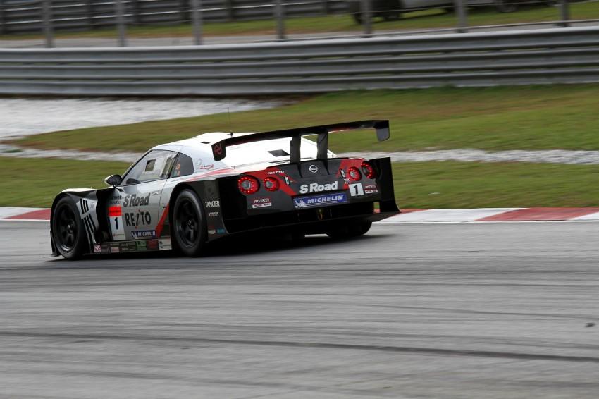 Autobacs Super GT 2012 Round 3: Weider HSV-010 and Hankook Porsche win from pole position Image #111942