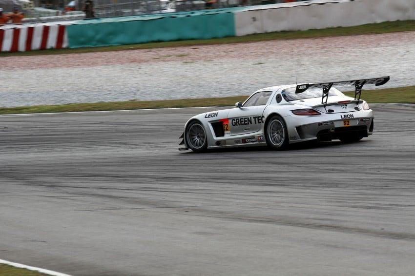 Autobacs Super GT 2012 Round 3: Weider HSV-010 and Hankook Porsche win from pole position Image #111964