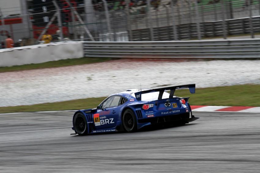 Autobacs Super GT 2012 Round 3: Weider HSV-010 and Hankook Porsche win from pole position Image #111965