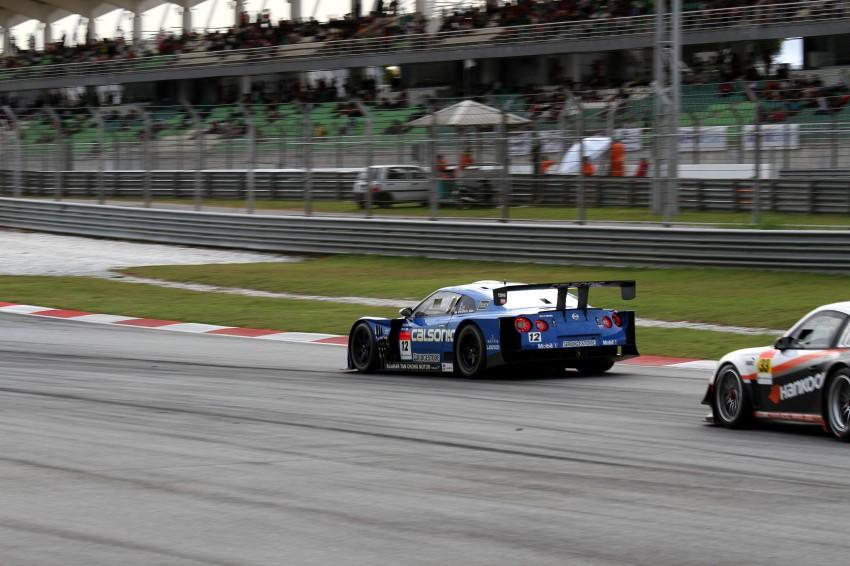 Autobacs Super GT 2012 Round 3: Weider HSV-010 and Hankook Porsche win from pole position Image #111966