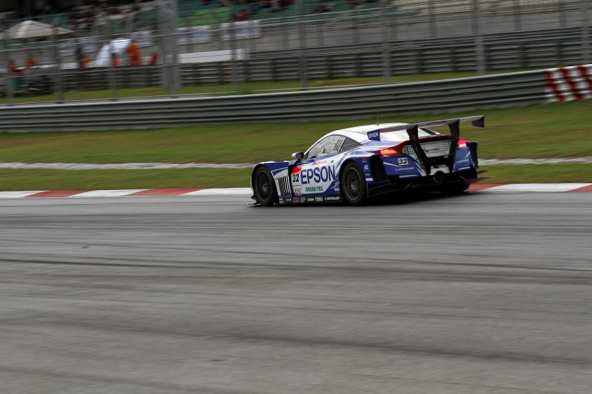 Autobacs Super GT 2012 Round 3: Weider HSV-010 and Hankook Porsche win from pole position Image #111968