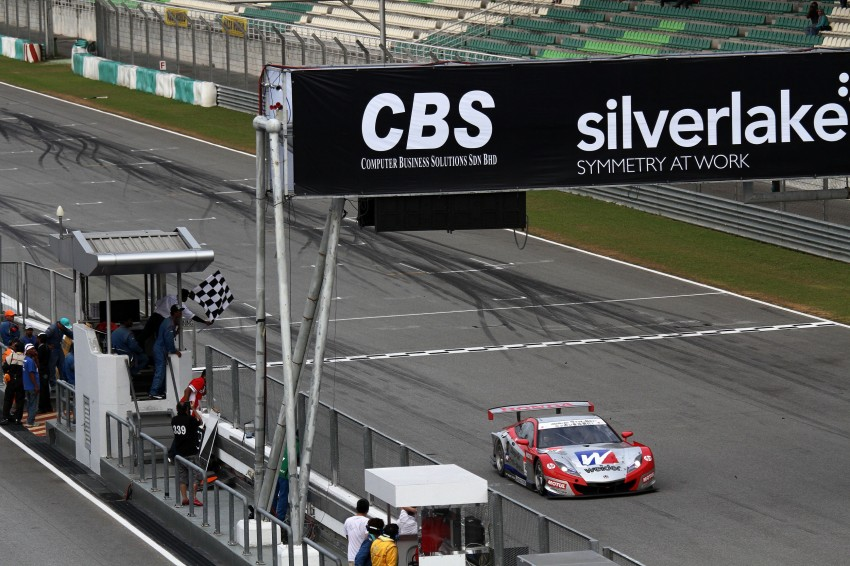 Autobacs Super GT 2012 Round 3: Weider HSV-010 and Hankook Porsche win from pole position Image #111973